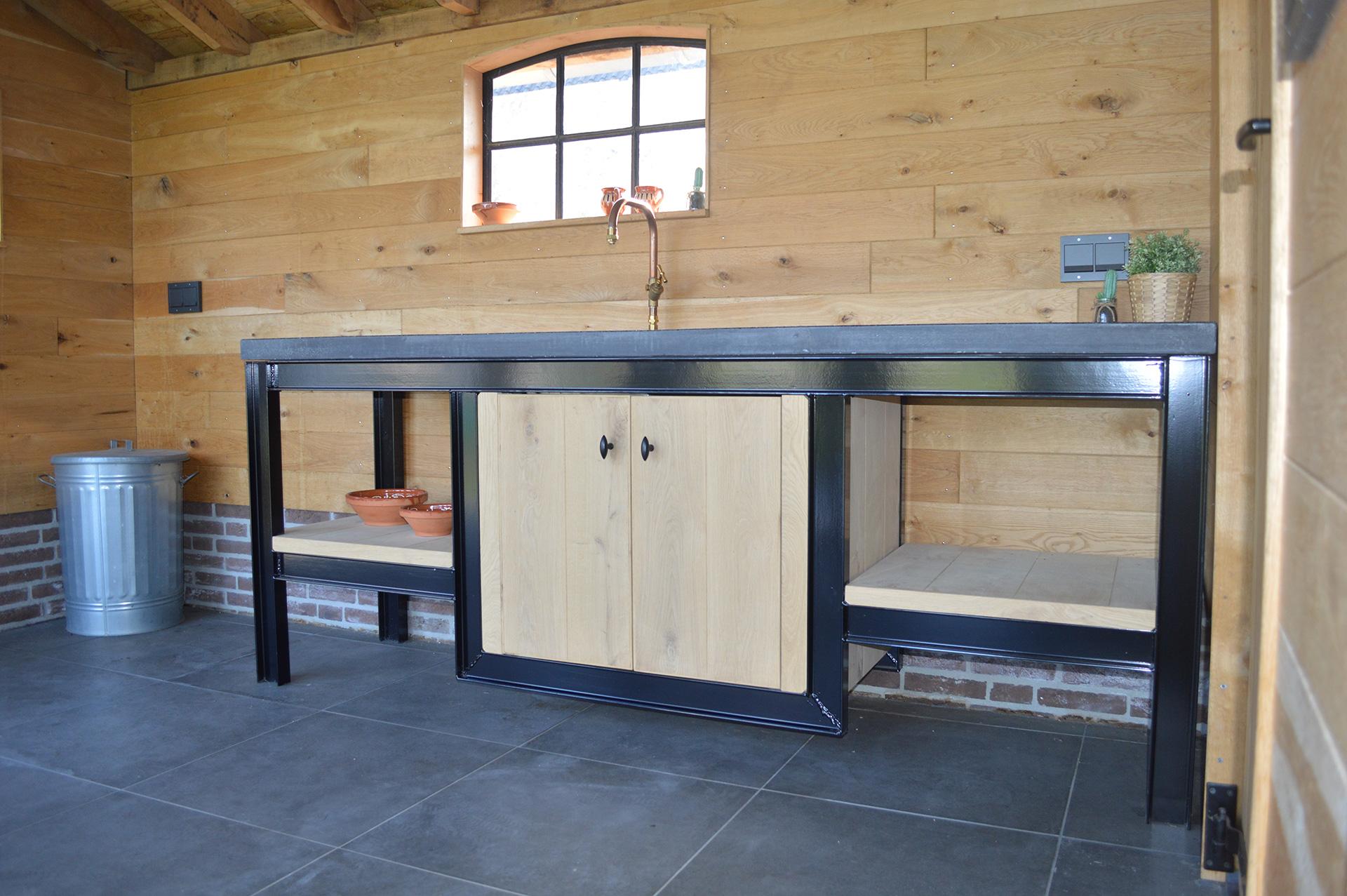 Wasbak Keuken : Buitenkeuken met tegel wasbak - Keuken voor buiten