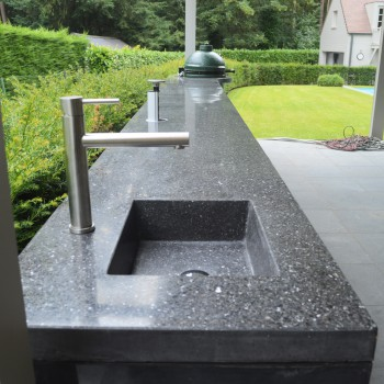 buitenkeuken_terrazzo_spoelbak_beton_onderstel_v2